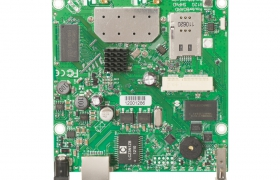 MikroTik RouterBoard RB912UAG-5HPnD level4 802.11a/n, 2x MMCX