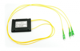 Splitter PLC 1:2 ABS box SM 2mm 1m SC/APC